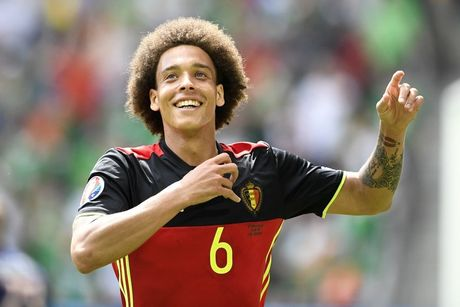 Belgium's Axel Witsel celebrates after scoring during a soccer game between Belgian national soccer team Red Devils and Ireland, in group E of the group stage of the UEFA Euro 2016 European Championships, Saturday 18 June 2016 in Bordeaux, France. BELGA PHOTO YORICK JANSENS