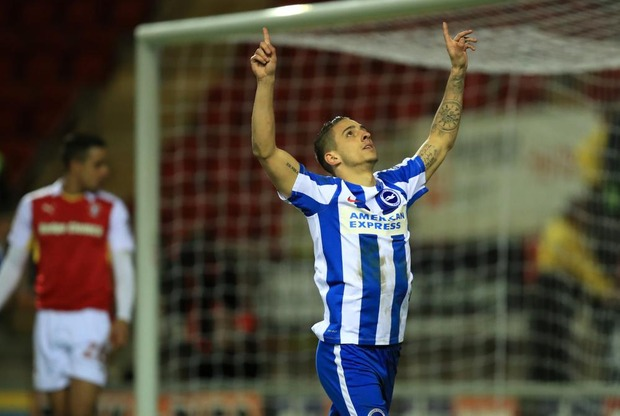 Knockaert (ex-Standard) dirigeert Brighton richting Premier League