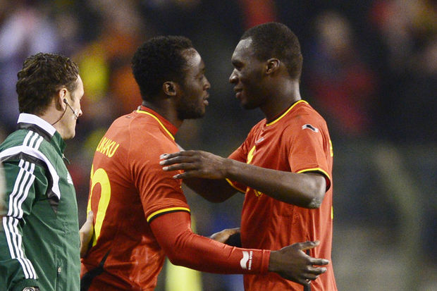 Benteke vs Lukaku: battle of the beasts (video)