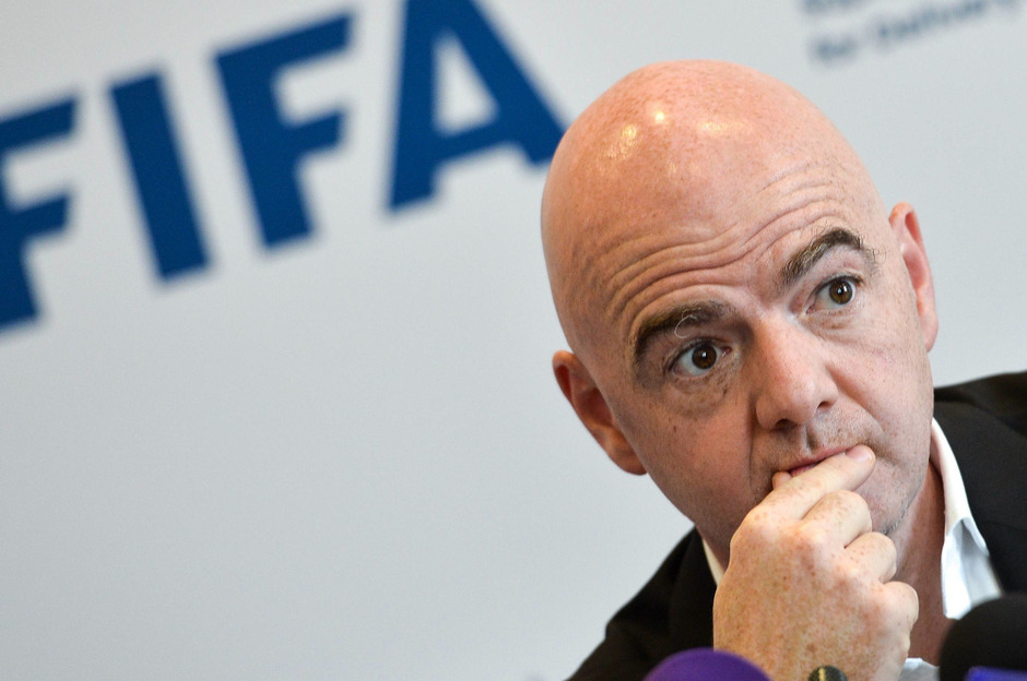 FIFA-voorzitter Infantino wil meer transparantie over transfers